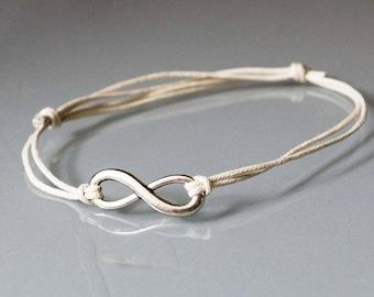 Infinity bracelet - cream / silver