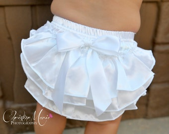 White baby girl bloomers, baby bloomers, newborn girl bloomers, diaper cover, christening, infant bloomers, white ruffle bloomers, baptism