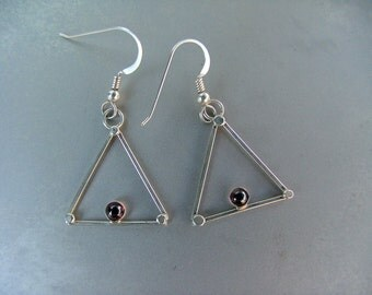 Triangle Earrings with 4mm garnet cabochon set in sterling silver.