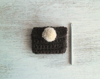 Little pouch with pom pom