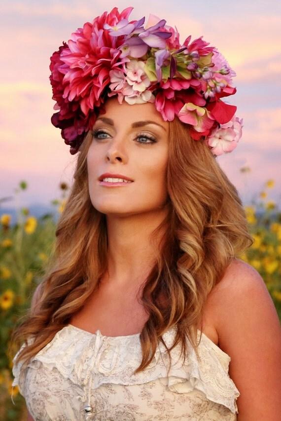 Couronne de fleurs flower coiffe florale coiffure jour des for Couronne de fleurs