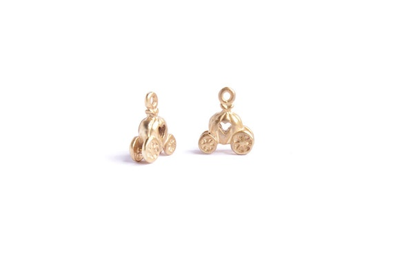 Gold horse carriage pendants for necklaces or earrings, jewelry making supplies.