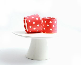 CLEARANCE SALE! Red and White Star Baking Cups Muffin Cups Treat Cups (10)