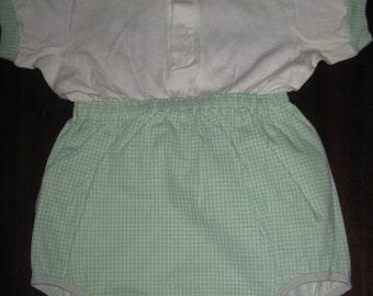 FREE SHIP Vintage Infant Romper 12m / Retro Neutral Carters baby / Nursery Decor