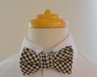 Black and white checkered cotton baby bowtie/ boys bowtie / children's bowtie