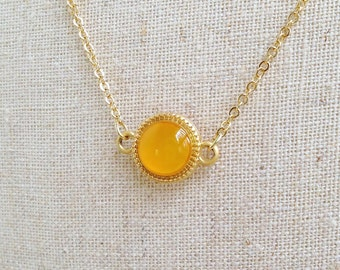 Gold Necklace, Honey Gold Necklace, Honey Orange Necklace, Yellow Disc Necklace, Honey Yellow Resin Disc Necklace, Resin Jewelry For Her