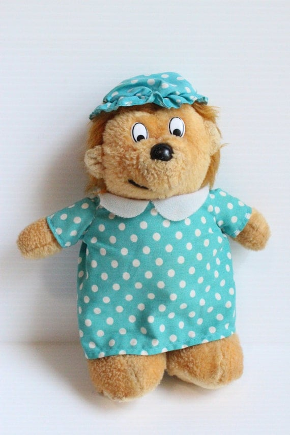 MAMA BEAR Berenstains Bear Vintage Stuffed Plush by TheJellyJar
