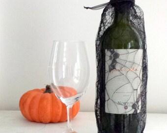 Halloween Wine Bag Bottle Bag Gift Bag Black Spider Web Fabric Wine Gift Bag Halloween Party Bag Trick or Treat Bag Wine Tote Recyclable Bag
