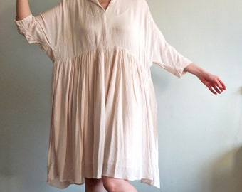 Flowy V-neck cotton gauze dress {Ivory}