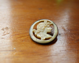 Victorian Sterling Silver Mother of Pearl Cameo Pin