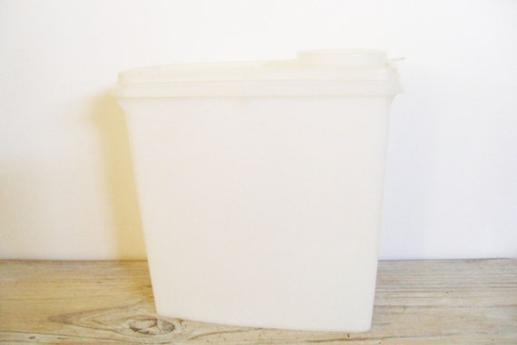 Tupperware 13 Cup Cereal Storage Container Vintage Tupperware Cereal Saver Cereal Server Classic Sheer White Orlando Florida 469-2 1970s