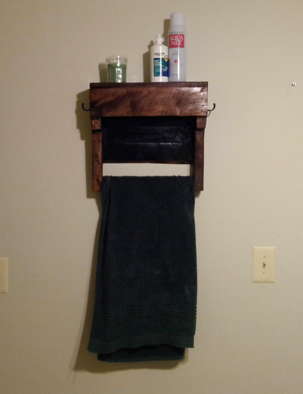 rustic pallet wood shelf with towel rack wood by sheltonwoodworks. Black Bedroom Furniture Sets. Home Design Ideas