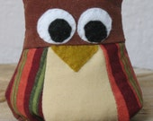 """Owl Paperweight """"Who Gives A Hoot About the Stack?)"""