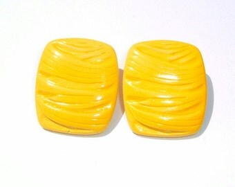 80s Laser Lemon colored Pierced Earrings