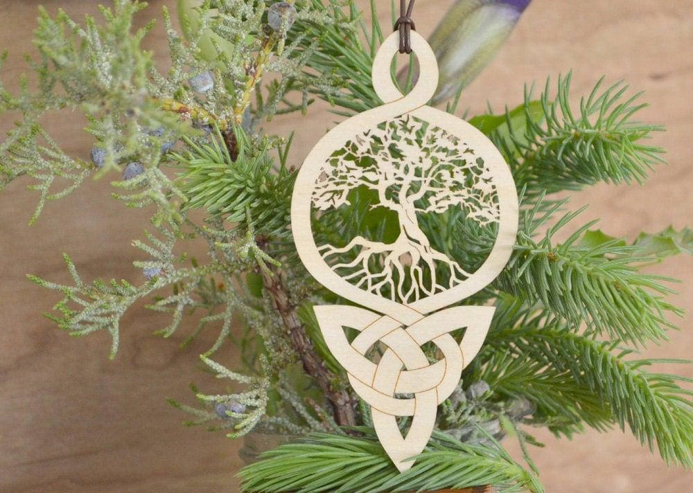 arbre de vie celtique noeud ornement gravure sur bois arbre de. Black Bedroom Furniture Sets. Home Design Ideas