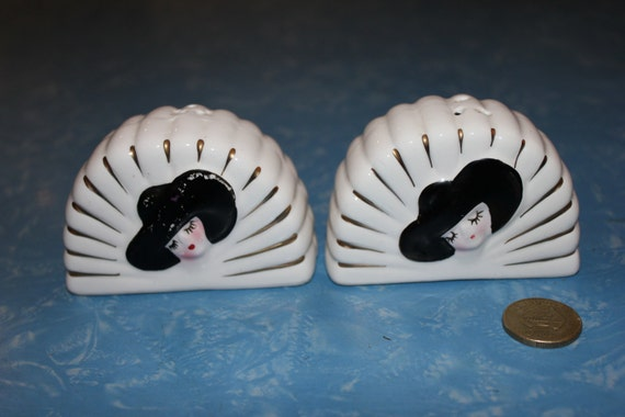 Quirky Geisha Salt And Pepper Shakers