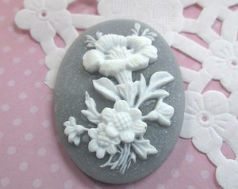 Gray Flower Cameos Cabochon 30x40mm