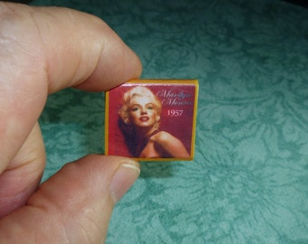 CALENDAR of MARILYN MONROE 1957 Dollhouse Miniature Book!  For the dollhouse that has everything!