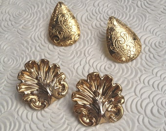 Vintage Floral Gold Earrings