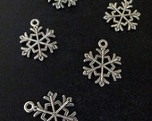 10 silver plated snowfake pendant charms, 10x14mm