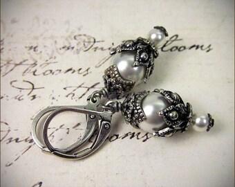 White Pearl Earrings, Pearl Bridal Jewelry, Swarovski Elements Pearl Drop Earrings, Medieval, Garb, Renaissance, Victorian Bridal, Rhiannon
