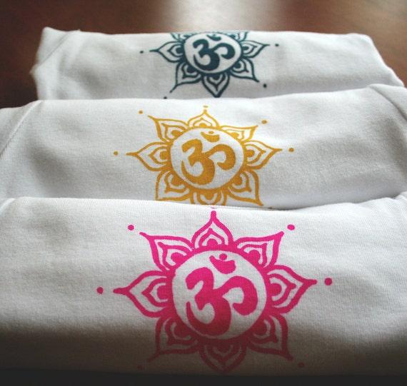 Baby Gifts Yoga : Items similar to yoga happy baby om short sleeve