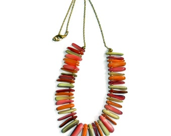 Peaches and Creme Stick Shell Necklace
