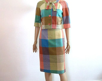 Vintage 1960s Skirt Suit Pastel Plaid Pencil Skirt Cropped Jacket / Extra Small to Small