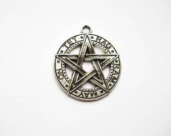 2 Pentagram Pendants in Silver Tone - C1366