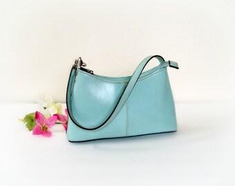 ... blue, classic ladies small vegan handbag, shoulder bag, Hobo . Clean