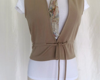 Vintage 70s womens vest size M L brown tan camel union label
