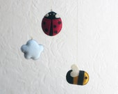 ECO-FELT MOBILE Ladybug, Bee, Cloud: Vegan Ornament, Soft Sculpture stuffed with Organic Cotton—Abeille, Coccinelle / Abeja, Mariquita Móbil
