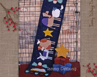 Nativity Table Runner pattern Christmas wool felt appliqued manger scene with baby Jesus and angels