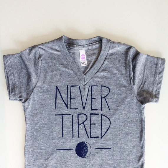 Never Tired - funny kids shirt sz 6 - heather grey with navy print by egg-a-go-go
