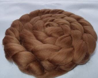 MEDIUM BROWN, merino roving, spinning fiber, felting wool, super soft roving, 20 micron, unspun wool, dread wool, brown dolls hair, 3.5oz
