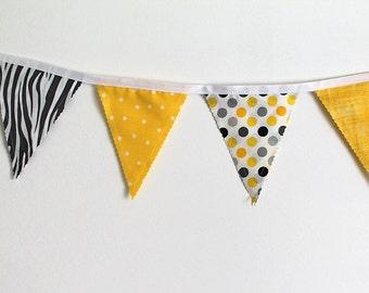 Zoo party bunting. Yellow Gray zebra banner. Fabric Banner. Photo prop. 12 Pennant flags. photo prop. birthday, Baby nursery decor. edeenut