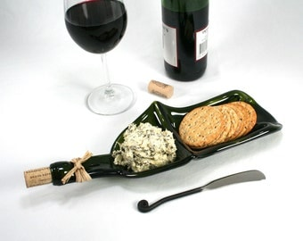 Green Wine Bottle XL Chip and Dip Snack Bowl with Cork and Raffia and Spreader - Recycled Eco-Friendly