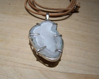Tabasco Geode pendant, leather cord necklace