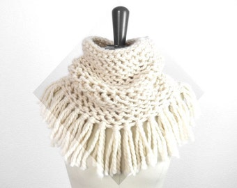 Baby Alpaca Soft Infinity Fringe Scarf / Snood. Hand Knit. Porcelain / Ivory. Romantic / Boho. Handmade in France.