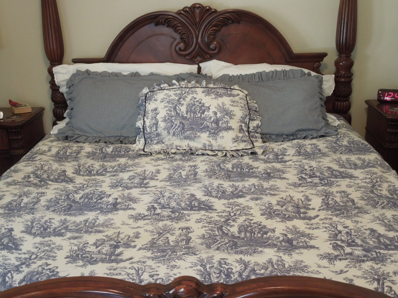 blue white toile duvet cover with shams by twocajunstitchers. Black Bedroom Furniture Sets. Home Design Ideas