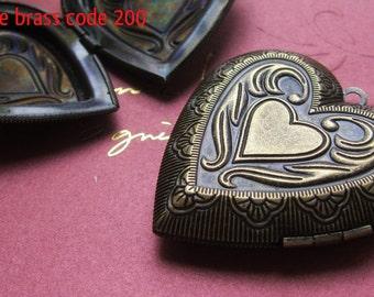 GIANT HEART LOCKET 40x40mm -  Code 200.998.99200