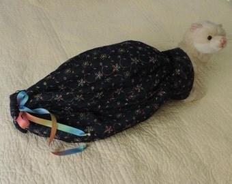 ferret bedding,pet bedding,animal bedding,warm bedding,sherpa bedding,guinia pig bedding,rat bedding,pet lover,handmade bedding,handmade
