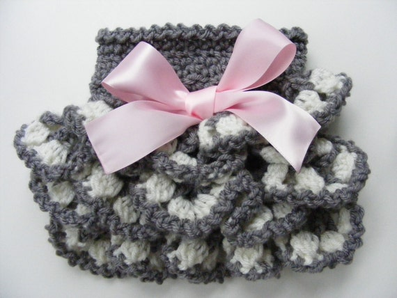 Ruffled Crochet Pattern Diaper Cover Pattern with Ruffles