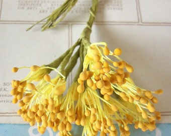 Floral Pips-Peps Flower Centers / Vintage Millinery / Matte Mustard Yellow / Stamens / Bunch of Twelve Stems