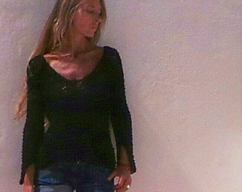 Black sweater / alpaca mix light weight v neck sweater