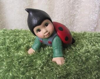 Ladybug Baby crawling-Yard Art