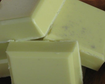 Summertime - Shaving Soap with Clay, Honey and Goats Milk