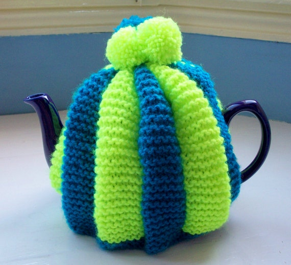 Vegan tea cosy pompom fun retro knit striped teal blue and