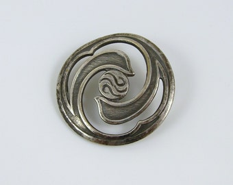 Antique Open Work Silver Metal Art Nouveau Button