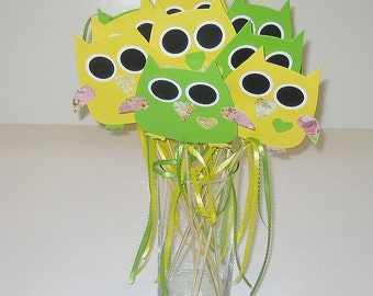 Owl Favors Centerpiece Yellow and Green (Set of 10)